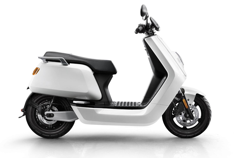 NIU N-Series N1 Sport E-Roller